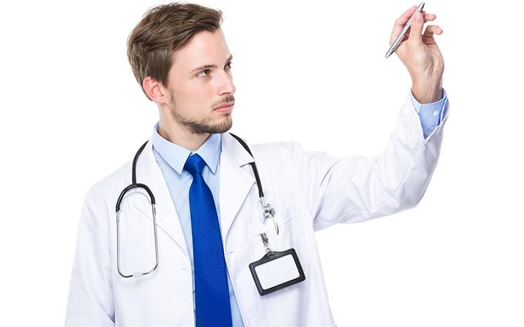 【医師が教える】自毛植毛はリスクが大きい? その理由と注意すべきポイントとは